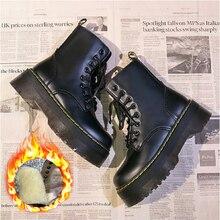 Botas de motocicleta para Mujer, zapatos de cuero suave, cuñas negras, plataformas con cordones, color blanco, para invierno, 2020