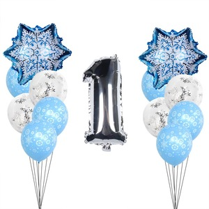 Image 2 - Kerst Sneeuwvlok Latex Ballonnen Baby Shower Decor Nummer Ballon Meisje Kids Verjaardagsfeestje Lucht Globos Xmas Sneeuw Feestartikelen