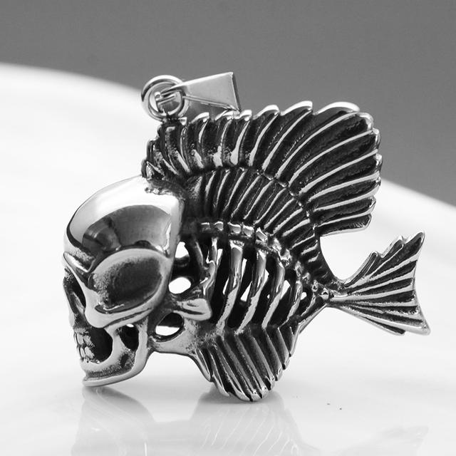STAINLESS STEEL DOUBLE SIDED SKULL FISH NECKLACE