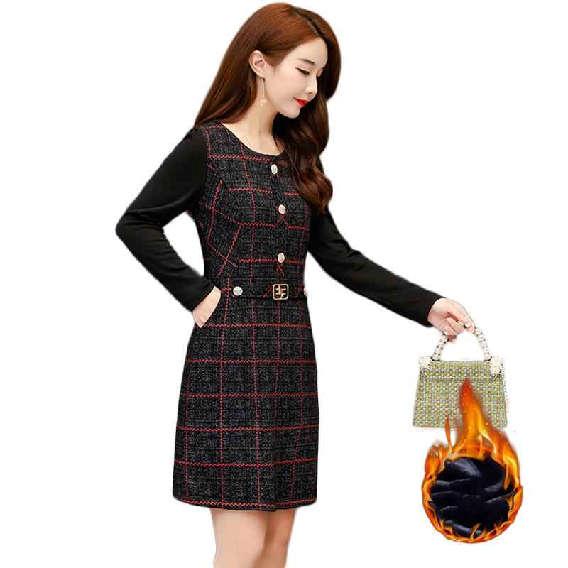 Kobiety 2020 jesienno-zimowa Plus aksamitne grube ciepłe sukienki kobieta moda Casual z długim rękawem wydłużana sukienka duży rozmiar 5XL T199