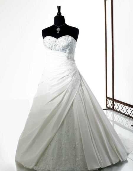 Free Shipping Really Photos Regal Ball Gown Flattering Shape Asymmetric Waist Reembroidered Lace Beading Lace Up Wedding Dress