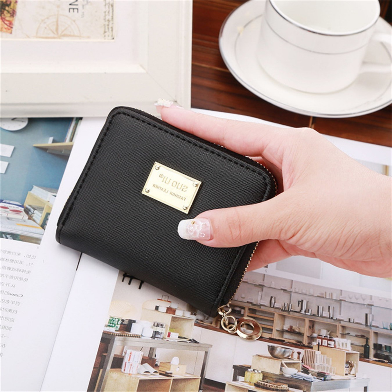 Fashion Women Wallet Metal Sheets Decorate PU Leather Wallet Zipper Wallet Women Short Coin Purse 2019 High Quality