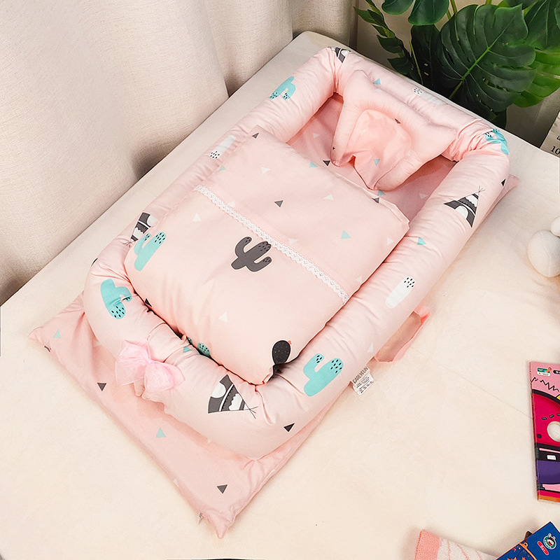 Multi-function Portable Baby Crib Cotton Cartoon Print Foldable Newborn Kids Traveling bed With Quilt Mini Bed For Babies
