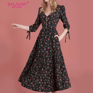 Image 3 - S.FLAVOR Women Vintage Boho Floral Printed Dress 2020 Summer Three Quarter Sleeve V Neck Party Dress Elegant A Line Dress