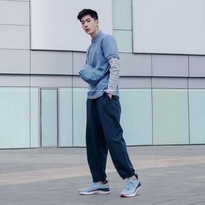 Image 2 - حذاء شاومي مي جيا الرياضي الجديد لعام 2020 حذاء رياضة 4 للجري والمشي في الهواء الطلق خفيف الوزن قابل للتهوية 4D منسوج علوي قابل للغسل