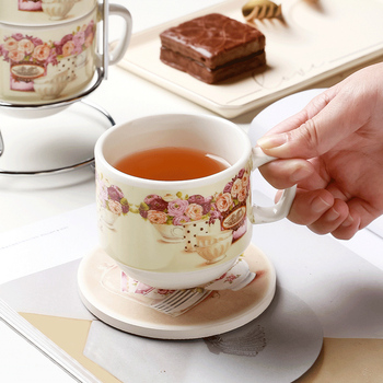 Luxury Tea European Cups and Saucer Sets Ceramic Japanese Coffee Cups and Saucer Copo Retratil De Kitchen Supplies OO5BD