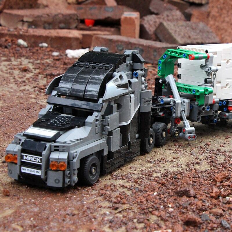 1202 sztuk seria Technic Mack Truck duża przyczepa Model Building Blocks kompatybilny legoing 42078 edukacja zabawki dla dzieci w Klocki od Zabawki i hobby na  Grupa 2