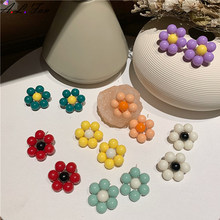Handmade colorful small flower earrings summer fresh cute girl earring fashion pop mix color daisy hit color series earings(China)