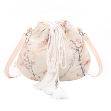 Chinese Style Shoulder Bag Embroidery And Tassel Package For Women Sweet Lady cute Messenger Bag Cloth Floral Soft Leisure Bag цена и фото