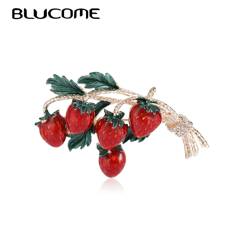 Blucome Enamel Strawberry Brooches For Women Girls Wedding Party DIY Statement Lovely Fruit Accessories Hat Bag Brooch Bijoux
