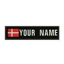 Remendo feito sob encomenda das listras do texto do bordado da dinamarca 10x2.5cm da bandeira dinamarquesa ferro do emblema ou remendos do revestimento do velcro para a roupa