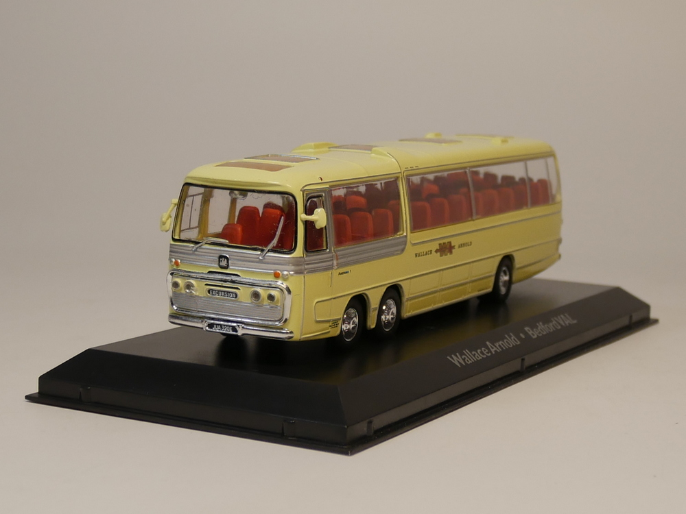 atlas 1:72 bus collection Wallace Arnold Bedford VAL Diecast model