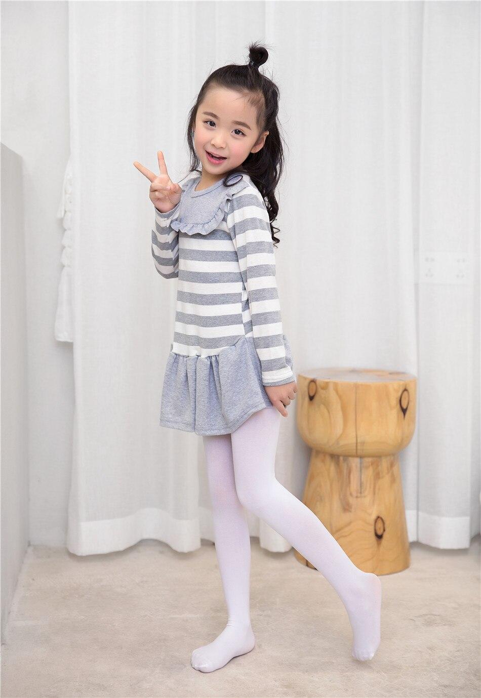 little girl pantyhose models Depositphotos