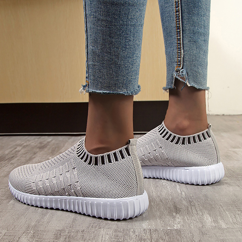 Women's shoes White running shoes Air Mesh light weight Sports shoes Breathable Slip-on Sock shoes Classic Cozy