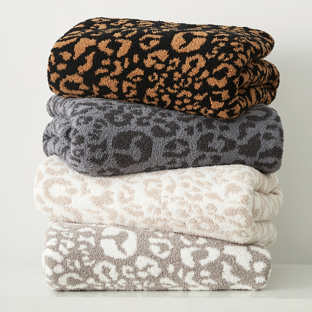 Knitted Printed Blanket 2