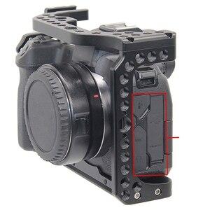 Image 5 - FFYY Cage de caméra pour Canon EOS R avec trous de filetage pour fixation de Microphone à bras magique