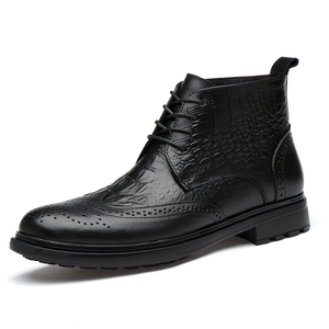 Image 2 - בתוספת גודל גברים יוקרה אופנה פרה עור מגפי תנין דפוס מבטא אירי נעלי מגולף בולוק קרסול אתחול חם כותנה חורף שלג botas sapatos hombre