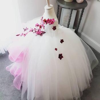 Oszałamiające koronkowe perły kwiaty kwiatowe sukienki dla dziewczynek ręcznie robione kwiaty mała dziewczynka suknie ślubne Vintage suknie na konkurs piękności suknie tanie i dobre opinie gaogao Długość podłogi Suknia balowa O-neck Pełna Organza Aplikacje Ruffles Wielowarstwowa Zakładka 0512 Flower girl dresses