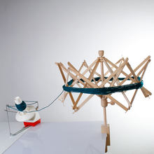1 PCs Wooden Swift Yarn Winder String Wool Winder Holder Umbrella Hand-Operated Knitting Needle Yarn Craft Skein Winder Tools
