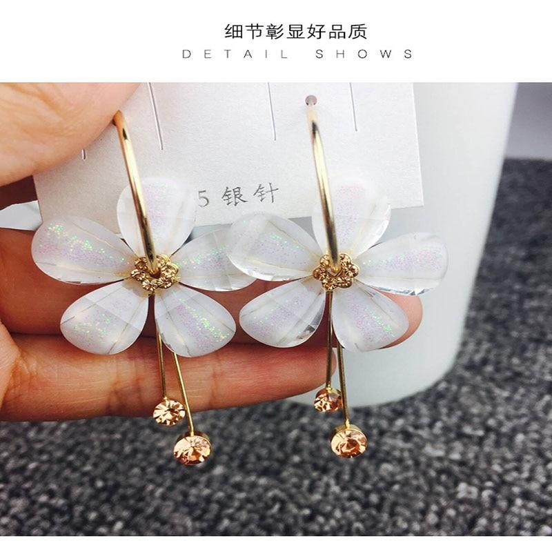 Korean Personality Trend Crystal Tassel petal Fashion Stud Earrings Prevent Allergy Elegant High Quality Geometric Earrings
