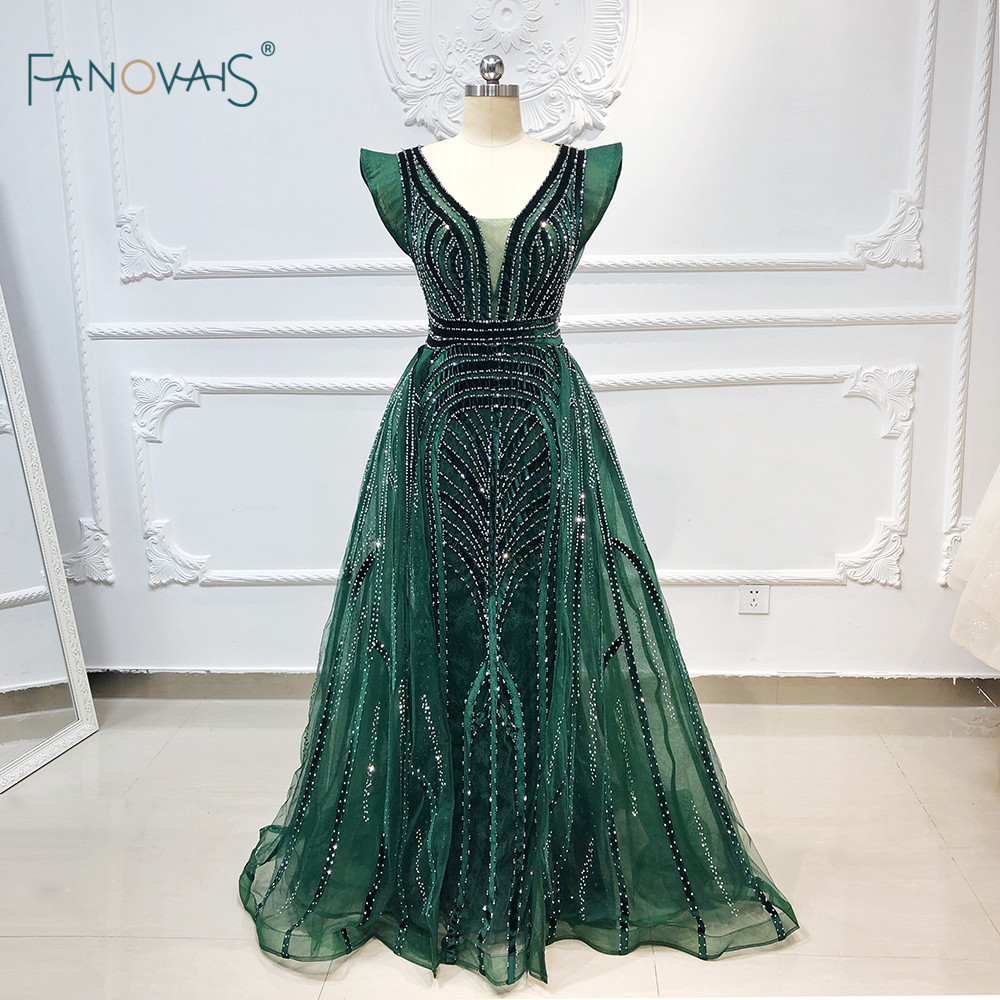 Dubai Evening Dresses 2019 Long V Neck Sleeveless Dark Green Prom Dresses Velvet Crystal Luxury Evening Gown Vestido De Fiesta