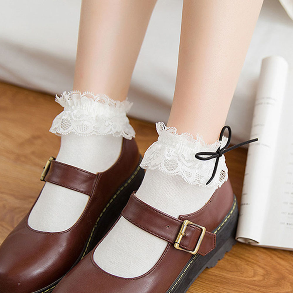 1Pair Women Lace Ruffle Frilly Ankle Socks Hollow Harajuku Lovely Vintage Retro Froral Lady White Princess