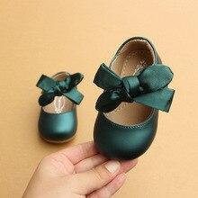 Детская противоскользящая мягкая обувь для девочек из искусственной кожи однотонного цвета с бантом и круглым носком для Новорожденные Девочки Малыши принцесса