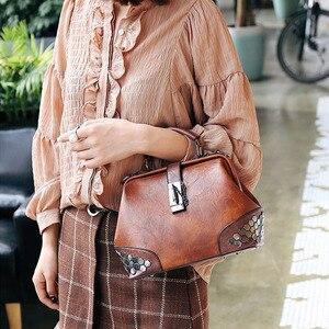 Image 2 - Bandolera de piel sintética con diseño clásico Vintage para mujer, de alta calidad bolso de hombro, informal, con asa superior