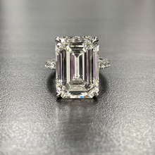 Luxury 100% 925 Sterling Silver Created Emerald cut 4ct Diamond Wedding Engagement Cocktail Women Moissanite Rings Fine Jewelry