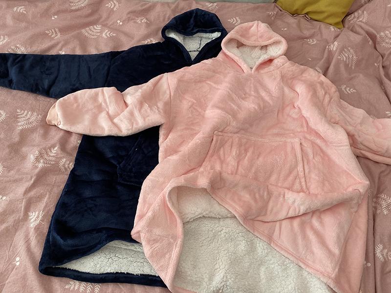 Winter Warm Comfy Hooded Pocket Blankets Adults Bathrobe Sofa TV Blanket Sweatshirt Solid Plush Coral Fleece Blankets Outwears 12