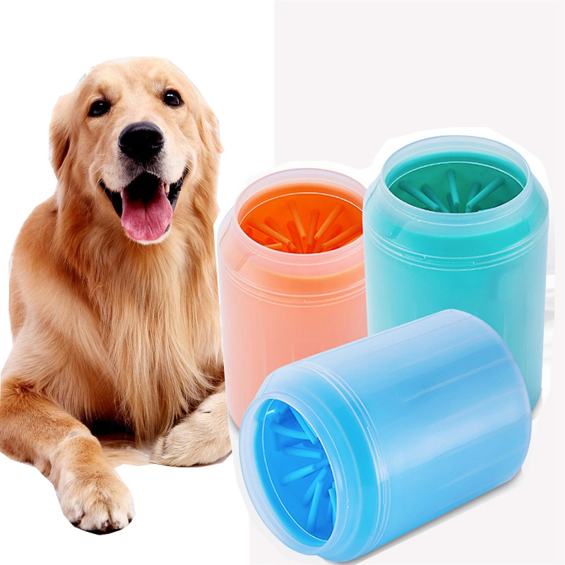 Portable Dog Paw Cleaner Cup Soft Silicone Combs Pet Foot Washer Cup Paw Clean Brush Quickly Wash Dirty Cat Foot Cleaning Bucket