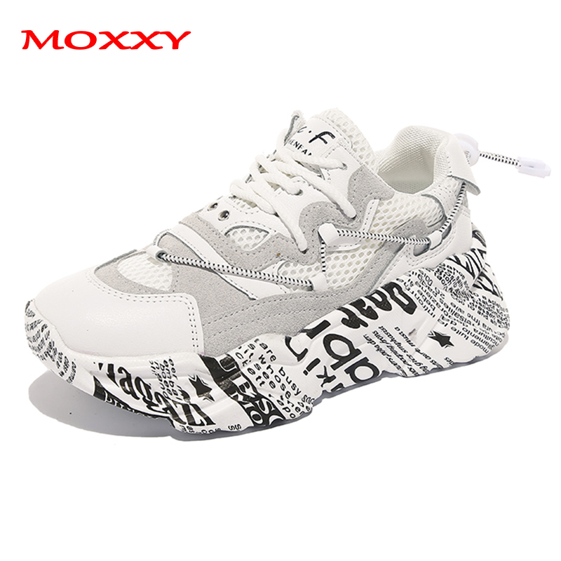 2019 New Retro Dad Sneakers Women Graffiti Chunky Sneakers Platform Lace Up White Sneakers Running Shoes Woman Street Style