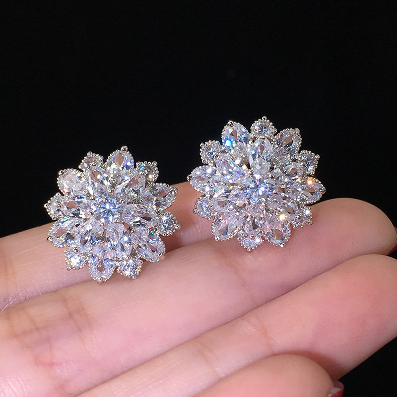 2020 New Luxury Flower Earrings For Women 925 Sterling Silver Anniversary Gift Jewelry Wholesale Moonso E5614