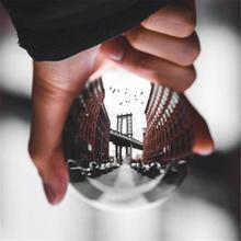 Boule de lentille de cristal de photographie de 60mm 80mm boule de verre magique claire de Quartz asiatique avec le sac portatif pour le tir de Photo