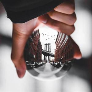 Image 1 - Boule de lentille de cristal de photographie de 60mm 80mm boule de verre magique claire de Quartz asiatique avec le sac portatif pour le tir de Photo