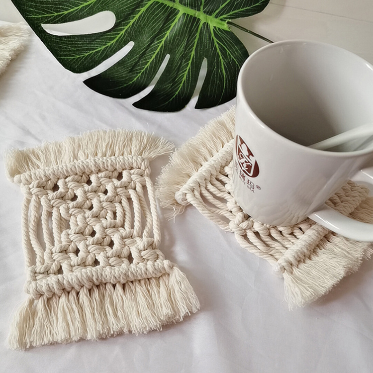 Handmade Wooden Coaster for Tea Cups Dining Table Home Kitchen Set of 6 Pcs