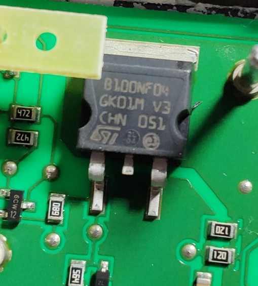 N-MOSFET unipolar 80V 23A 32W PG-TDSON-8 INFIN 4X BSC340N08NS3GATMA1 Transistor
