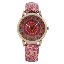 Retro Bohemian Wind Printed Lady Watch New Fashion Simple Women Watches Ladies Casual Leather Quartz Watch Female Clock gifts цена и фото