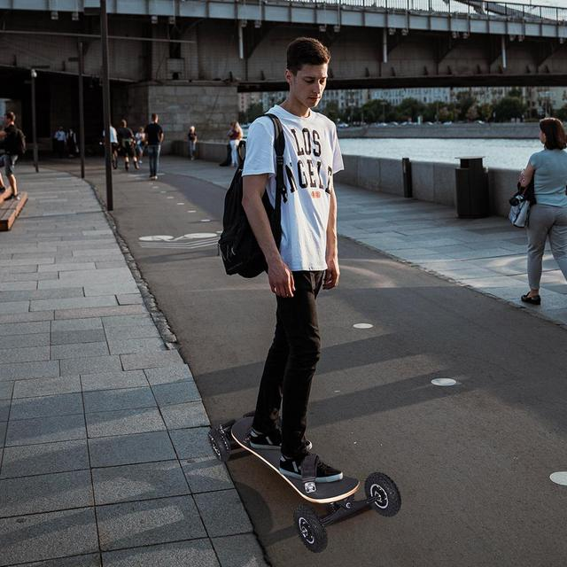 Внедорожный электрический скейтборд 1650 Вт 3