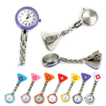 Protable Nurse Watches With Clip Red Cross Brooch Pendant Pocket Hanging Doctor Nurses Medical Quartz Watch PR Sale