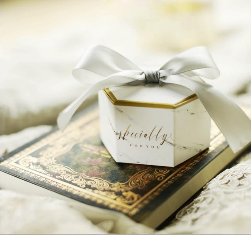 Boîtes à bonbons de mariage créatives avec des rubans gris papier faveur sacs en marbre imprimé chololate conteneur souvenir 50 pcs/lot