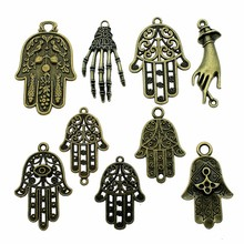 5pcs Hands Charm Vintage Antique Bronze Color Hands Charm Pendants For Bracelets Palm Charm Making Jewelry cheap Ahri Zinc Alloy DIY For Jewelry Making Fashion Metal Charms