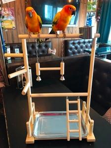 Image 2 - תוכי Playstands עם כוס צעצועי מגש ציפור נדנדה טיפוס תליית סולם גשר עץ קוקטייל משחקים ציפור מוטות 53*23*36cm