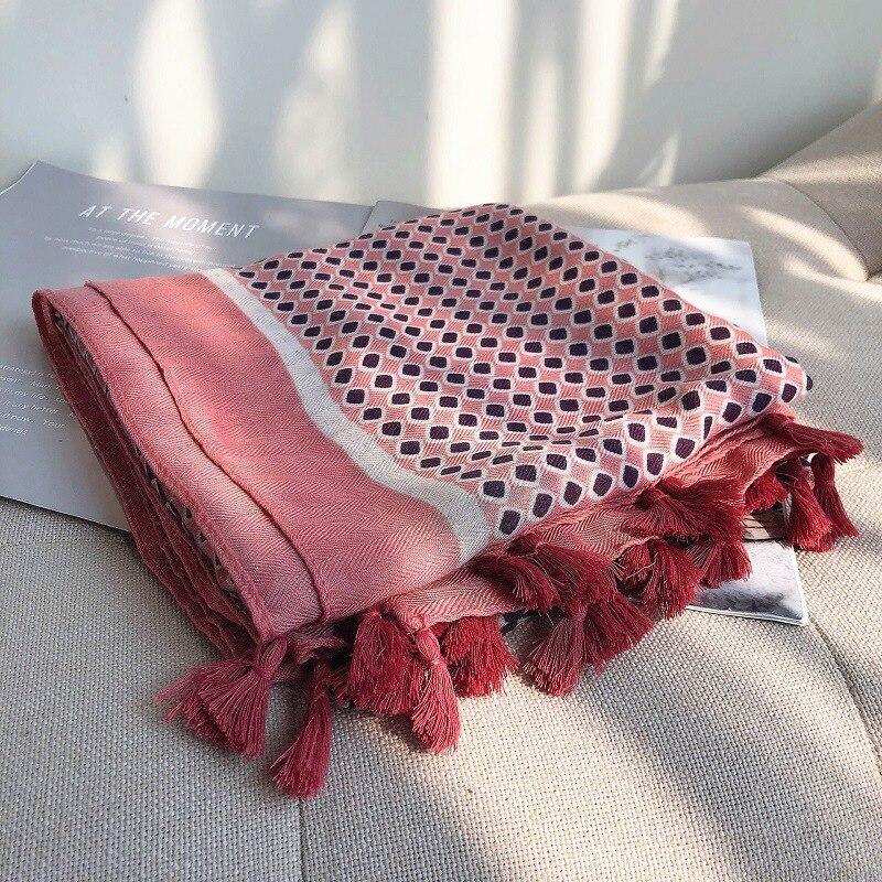 2019 Fashion Spain Luxury Brand Polka Plaid Viscose Shawl Scarf Print Muffler Soft Oversized Hijab Sjaal Foulards Muslim Snood