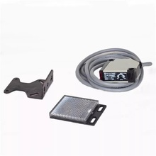 цена на Z3JK-DS50E3 Photoelectric Switch Infrared Photoelectric Sensor with Reflector Plate Discharging