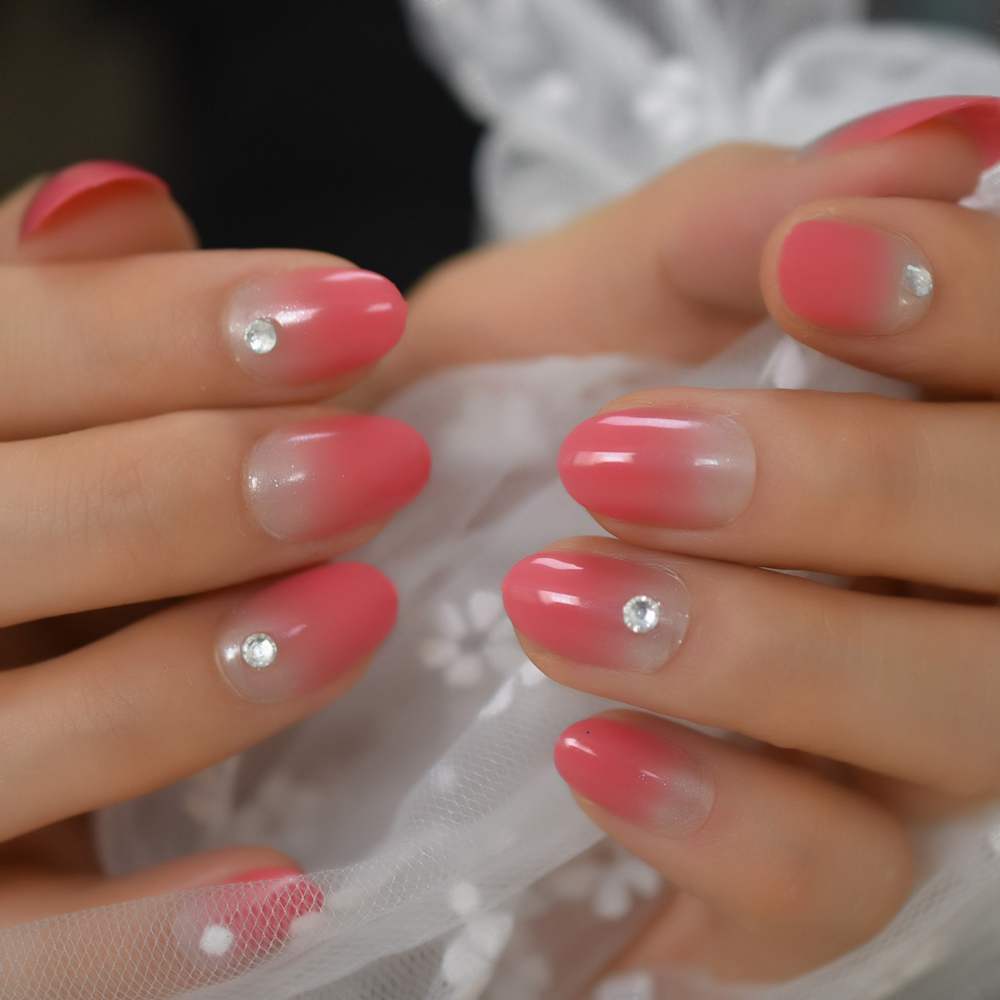Short Oval Fake Nails With Rhinestones Pink Ombre Ladies Fingernails For Daily Shimmer Pattern Clear Manicure Tips Pre-designed