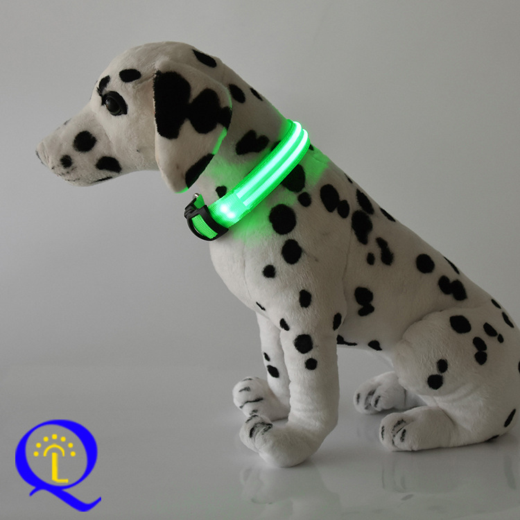 [] LED Dog Luminous Collar Fiber Shining Pet Dog Circle Foreign Business High Quality Neck Ring