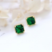 цены Square Green Cubic Zirconia CZ Stud Earring 100% 925 Sterling Silver For Women Lady Girl Gift Gold/Silver Elegant Female Jewelry