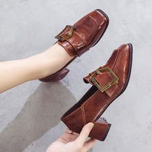 цена на Women's shoes 2020 new women's shoes retro square head high-heeled small leather shoes students thick heeled shoes
