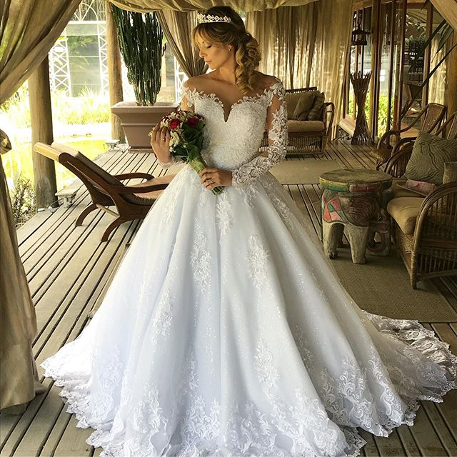 Vestidos De Noiva Long Sleeve Wedding Dresses A Line 2020 Lace Appliques O Neck Pearls Back Bridal Wedding Gowns Plus Size